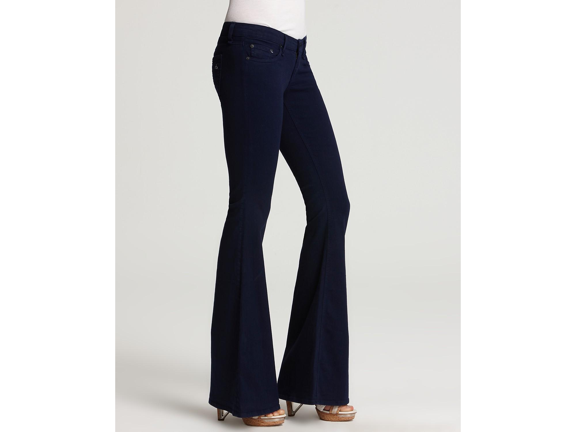 Rag & bone Flare Jeans Low Rise in Iris in Blue | Lyst