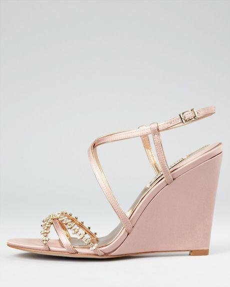 Badgley Mischka Evening Sandals Gisele Wedge In Gold Rose