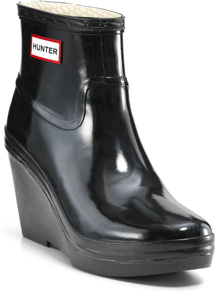 Hunter Rain Boots Aston Gloss Wedge In Gray Black Lyst