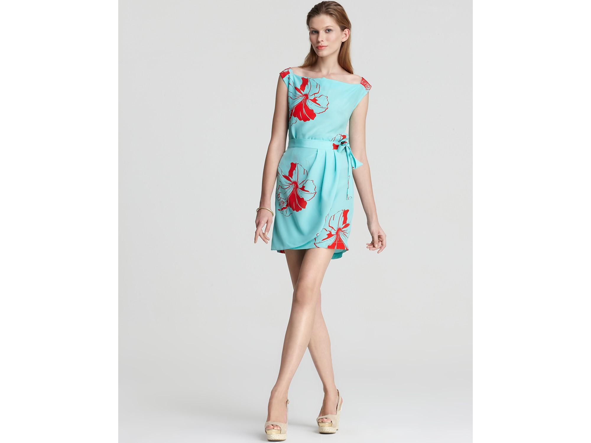 Icy Blu Dresses Empire