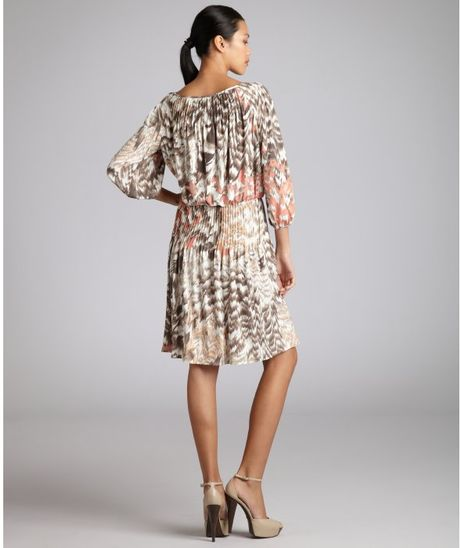 Donna Morgan Brown And Peach Printed Jersey Knit Pleated