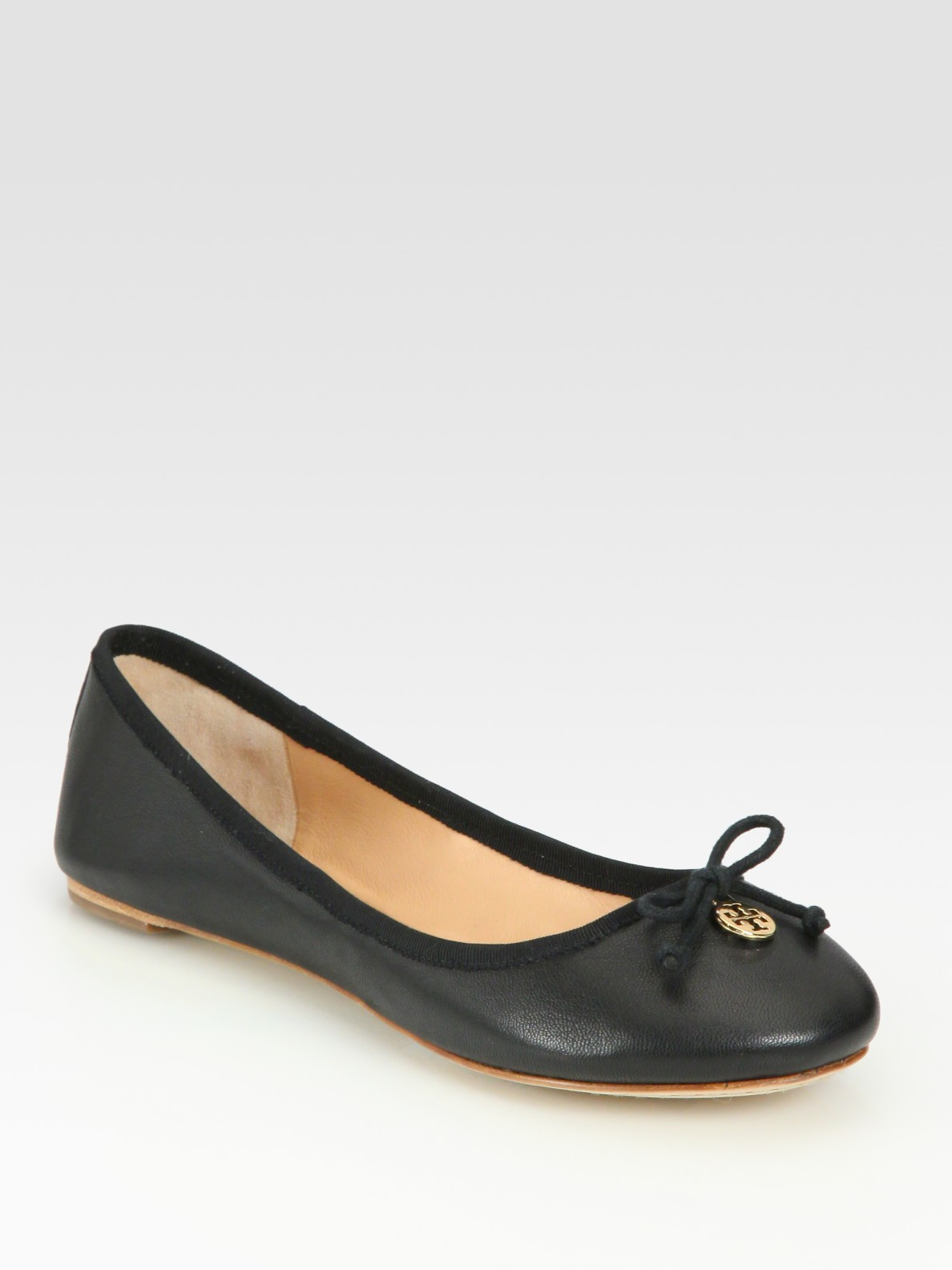 308652359fdf wholesale lyst tory burch chelsea leather bow logo ballet flats in black  51500 243ed