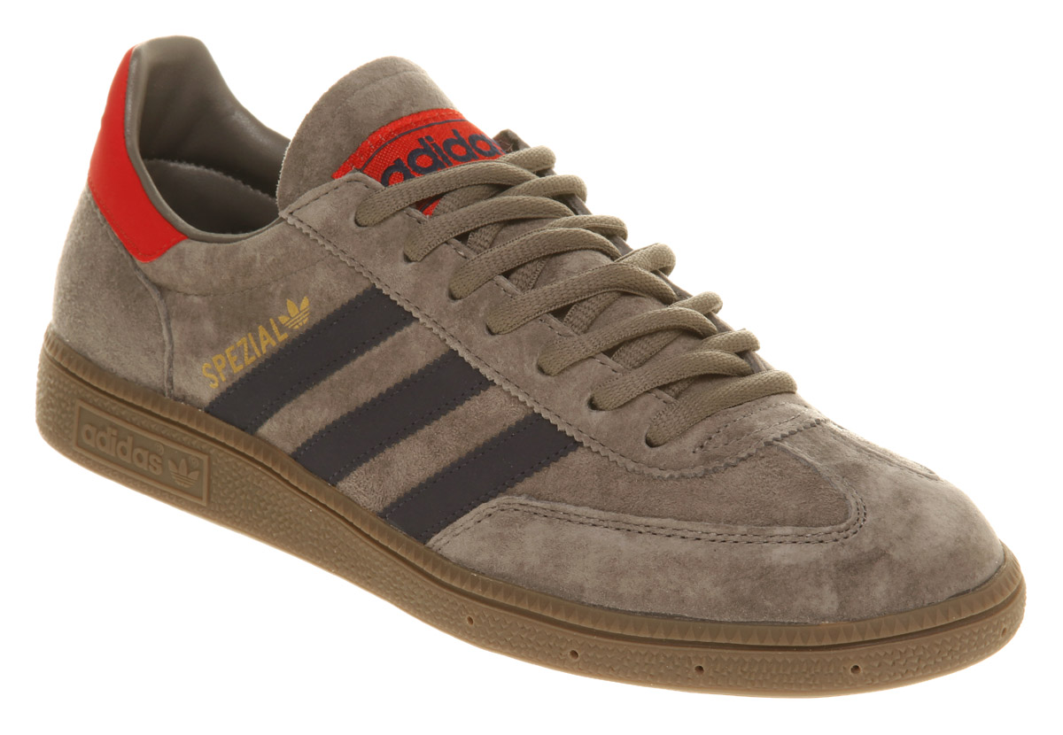 adidas Spezial Sneaker in Navy (Gray