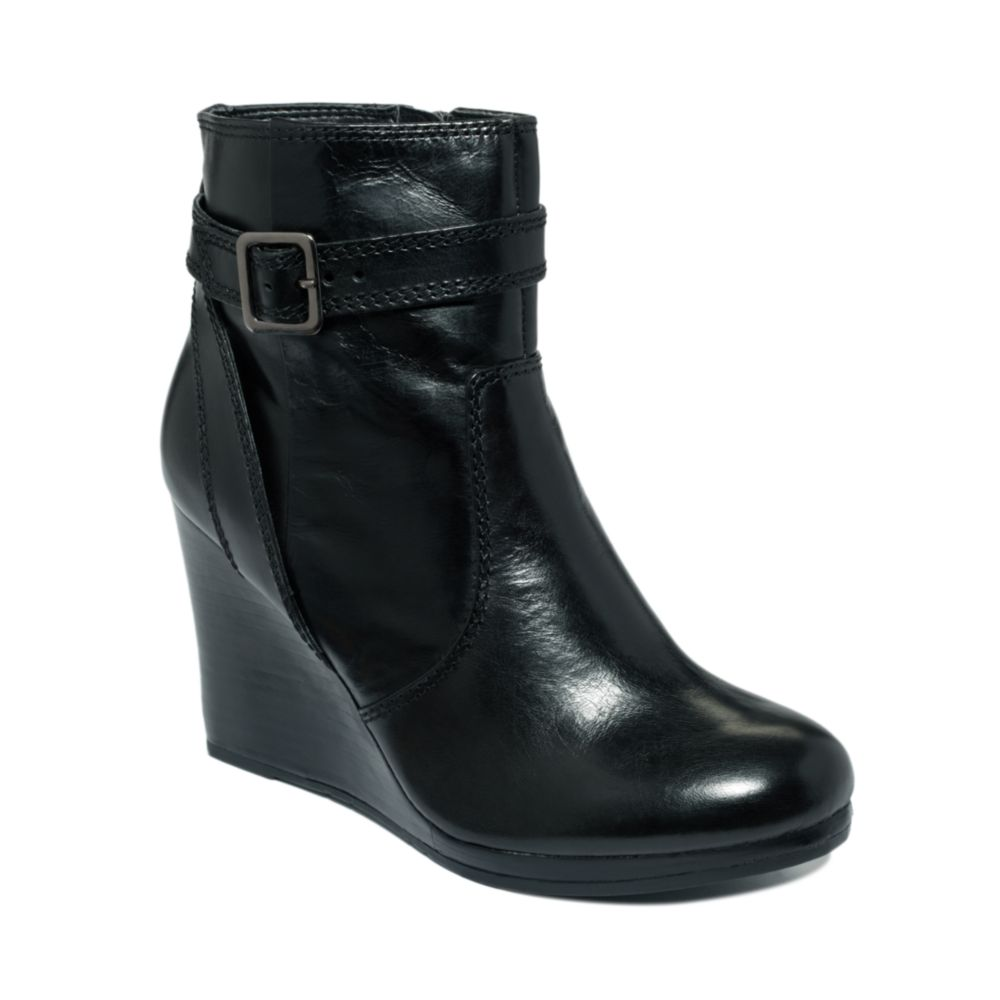 kenneth cole reaction turnn flirt wedge boots Kenneth cole reaction clothes at macy's come in all styles and sizes shop kenneth cole reaction clothes free shipping available.
