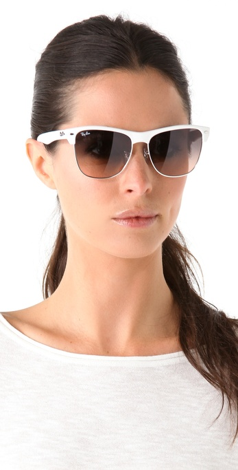 f9c4630f24 Gallery. Previously sold at  Shopbop · Women s Ray Ban ...