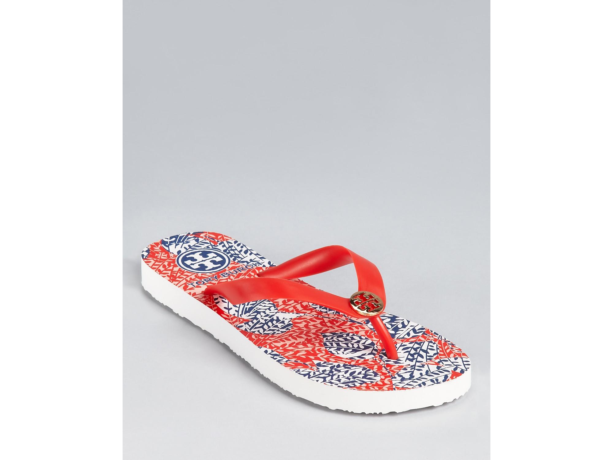 565599201 Lyst - Tory Burch Flip Flops in Red