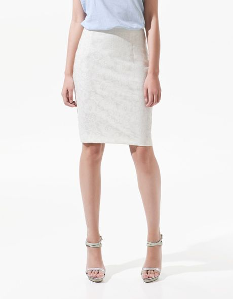 Zara Lace Pencil Skirt in Beige (ecru)