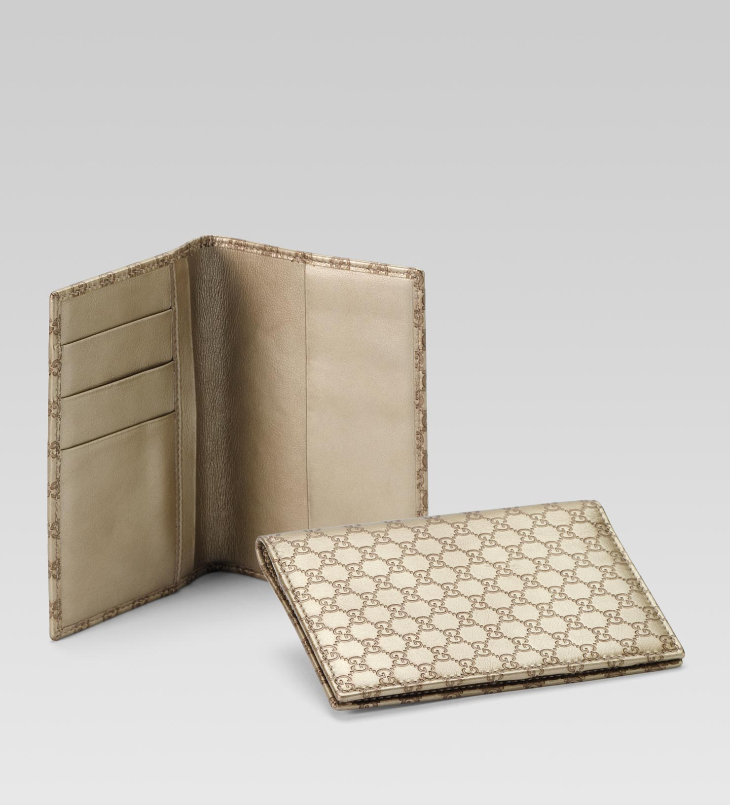 aa5609f200a Lyst - Gucci Passport Case in Metallic for Men