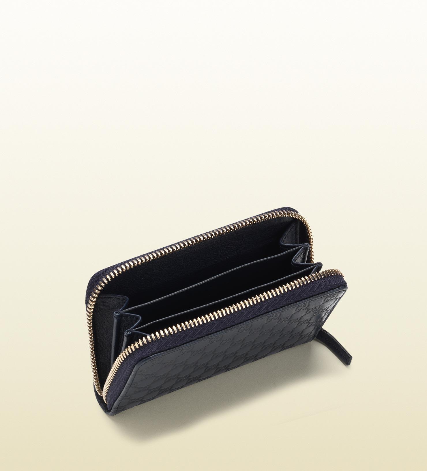 online retailer ecf1e fc6ec Gucci Blue Zip Around Card Case for men
