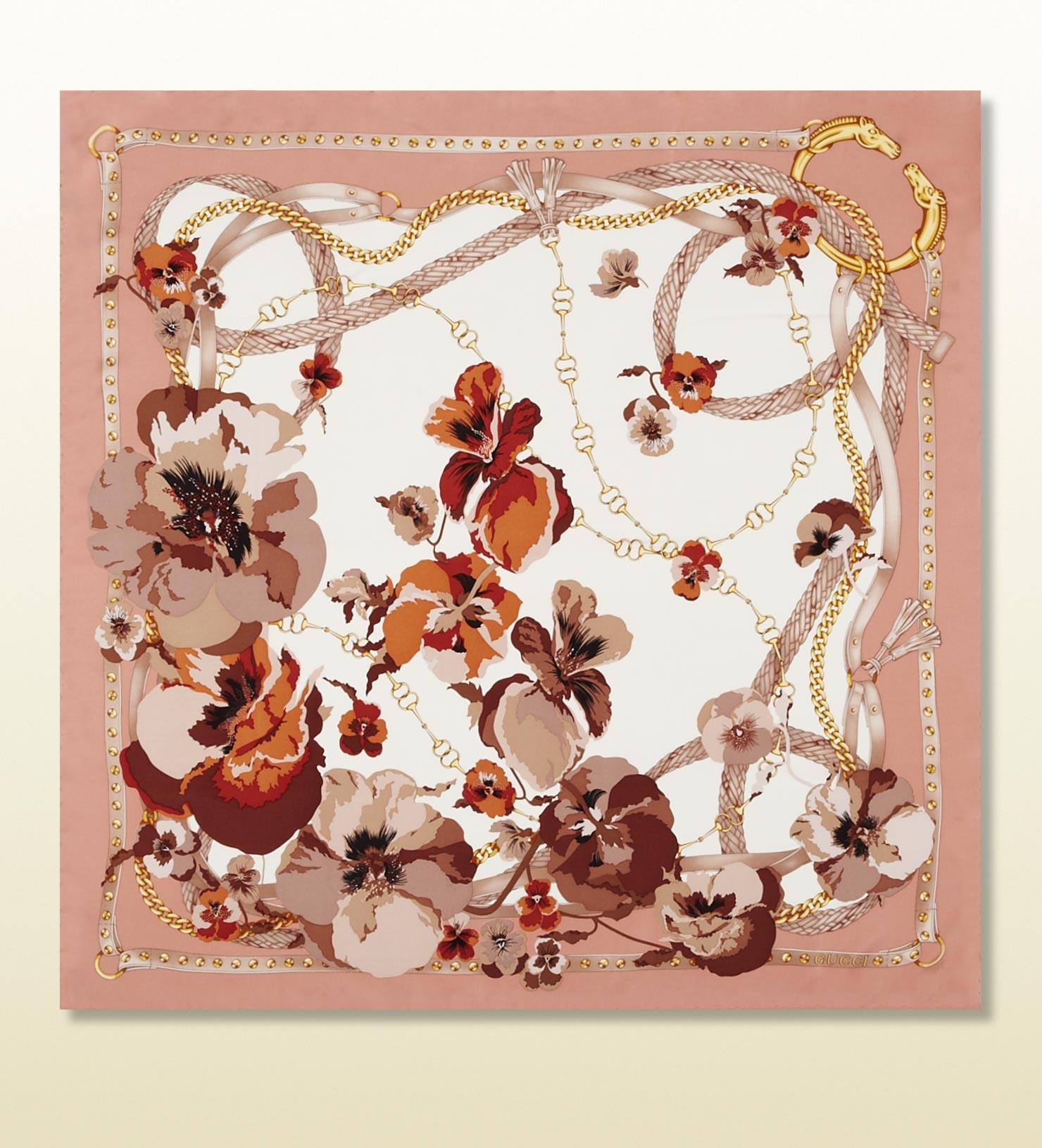 Gucci Flora Infinity Print Silk Foulard in Pink