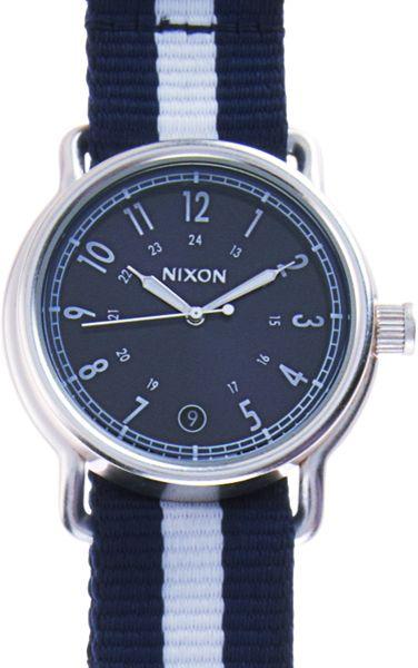 Nixon Sam in Blue for Men (navy)