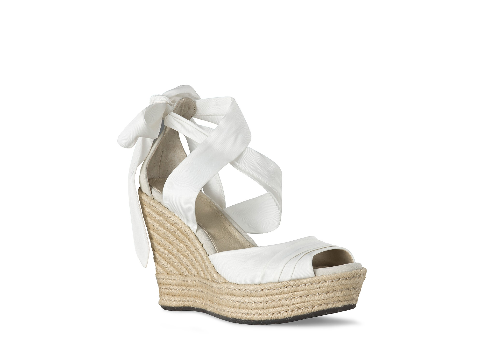 Fall in love with your next favourite pair of shoes when you buy wedges online