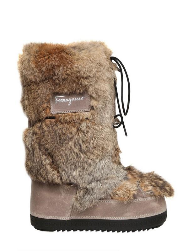 new arrival a5bcc 6a5c9 Ferragamo Brown 40mm Tempest Rabbit Fur Moon Boots