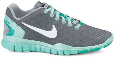 Nike Free Tr Fit 2 Sneakers in Gray (cool