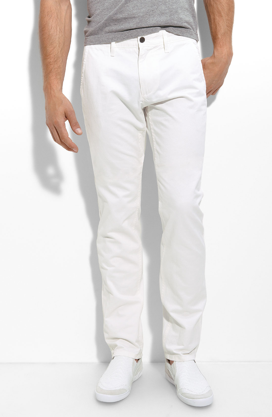 Elegant Must Have White Pants Outfit  Fashjourneycom