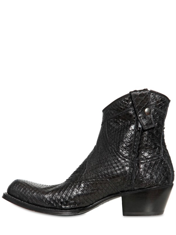 Gianni Barbato Vintaged Crocodile Low Boots In Black For