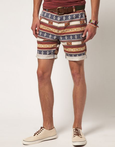 Women's Aztec Shorts For years, Aztec print has been offered as the perfect alternative to animal print. Now, it is a staple in itself that has become a preserve of summer style and festival fashion, evoking a playful and bohemian vibe.