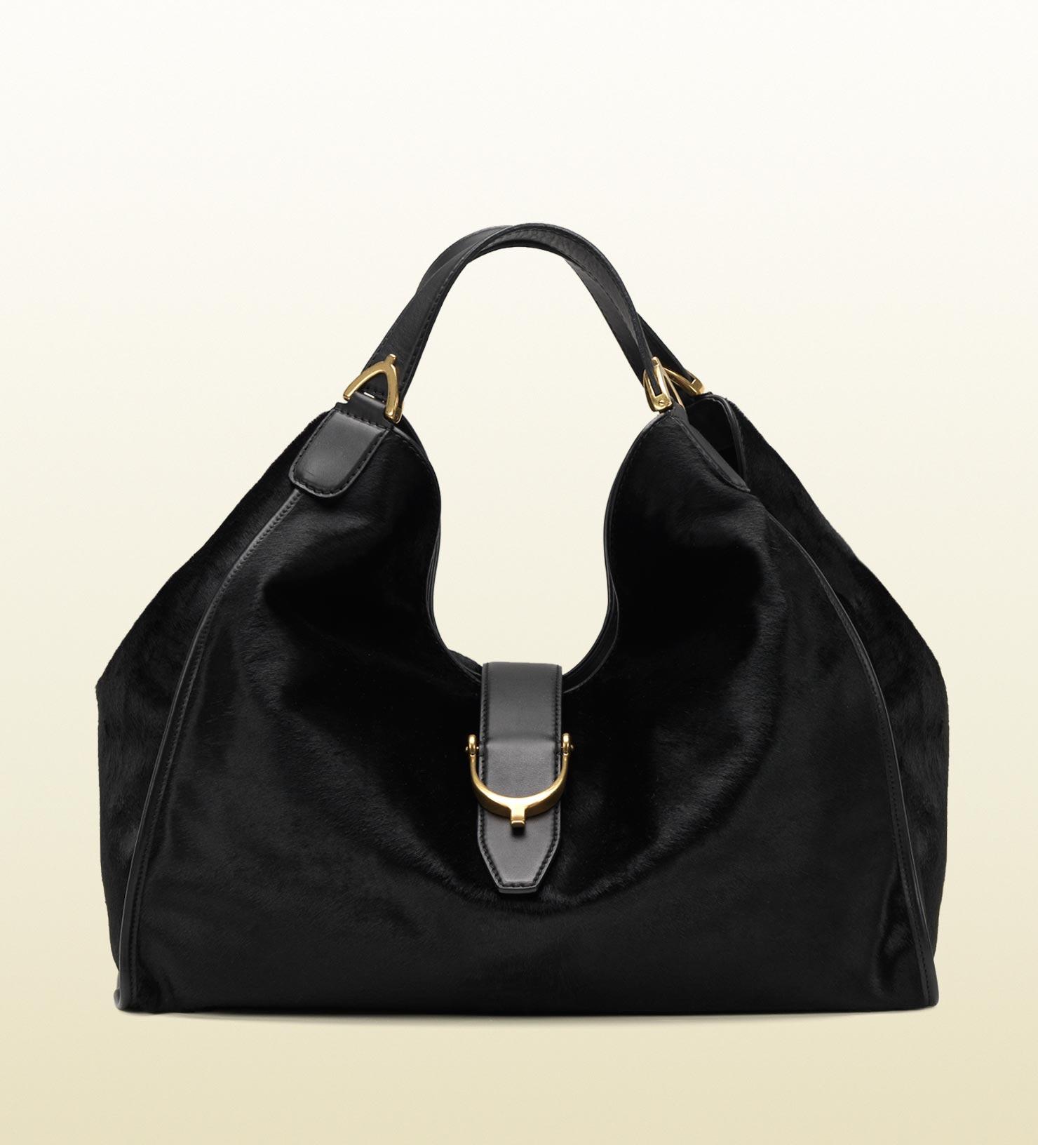 25676c5378f0d Lyst - Gucci Soft Stirrup Black Suede Shoulder Bag in Black