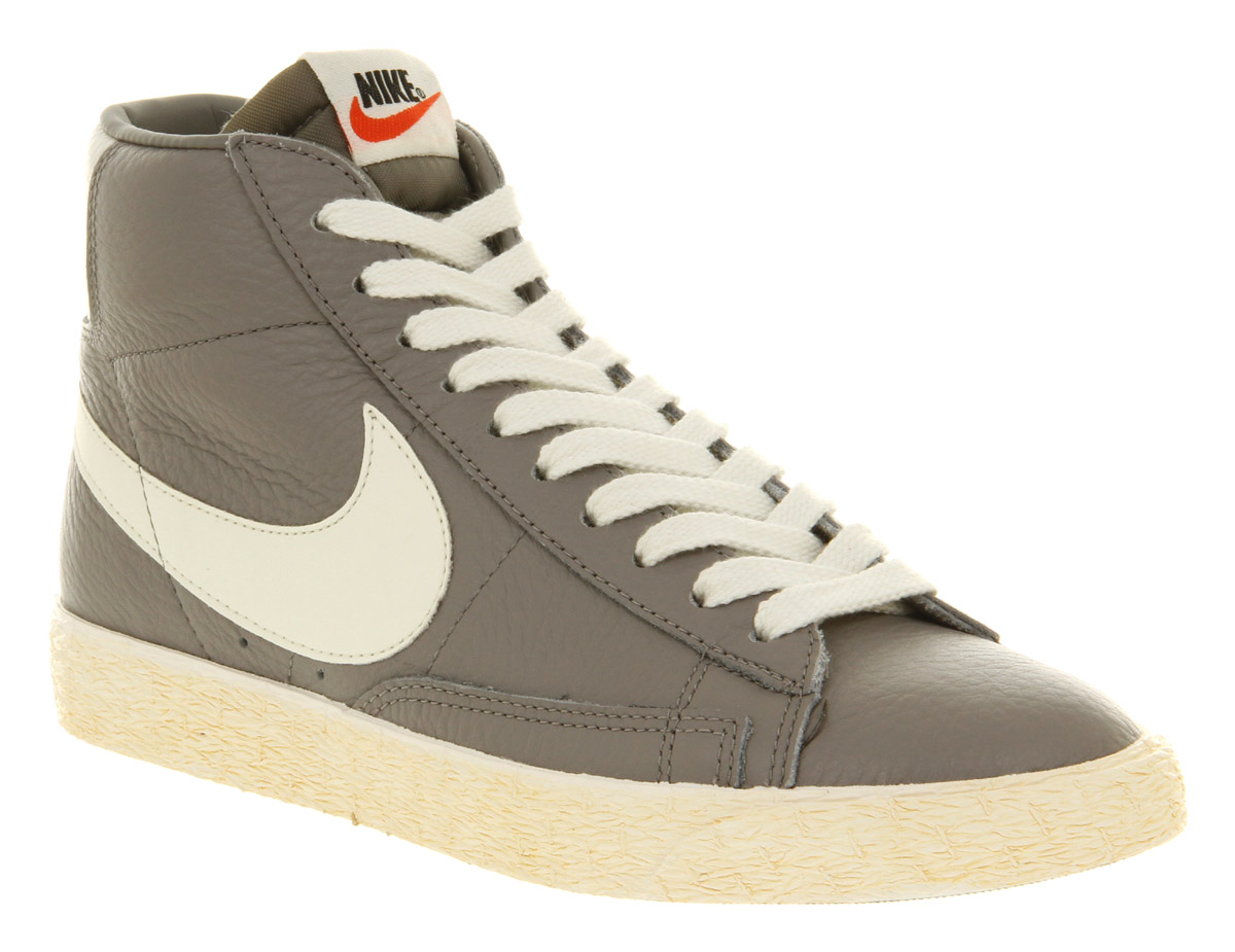 Nike Blazer Leather
