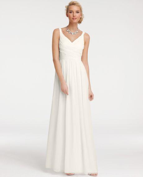 Dress for a garden wedding with a picky bride weddingbee for Silk georgette wedding dress