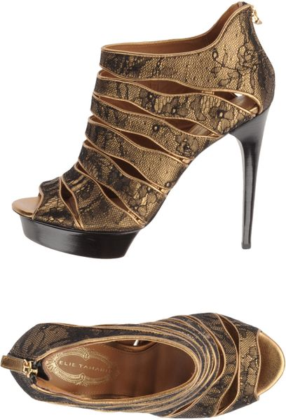 Elie Tahari Platform Sandals in Gold (black)