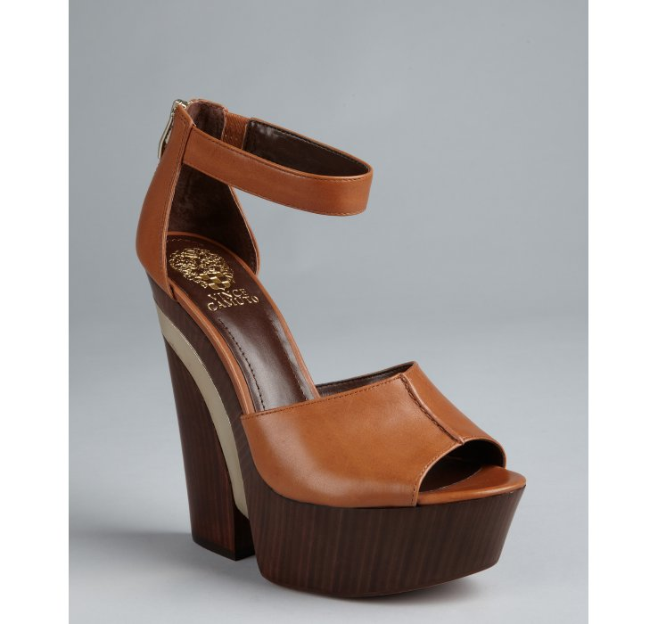 Vince camuto Fudge Brown Leather Bailor Notched Wedge Heels in
