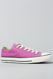 Converse The Chuck Taylor All Star Lo Sneaker in Iris Orchid - Lyst