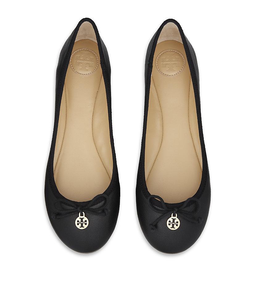 0b4cc8344 Tory Burch Chelsea Ballet Flat in Black - Lyst