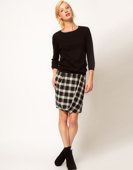 Asos Collection Asos Check Twisted Pencil Skirt in Black (blackwhite)