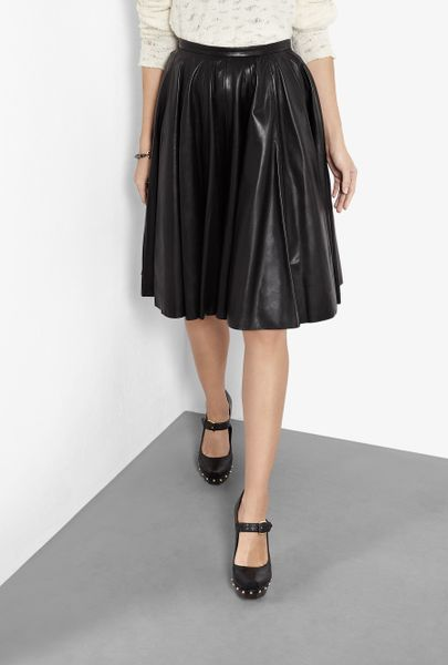 mcq by mcqueen knee length leather skirt in