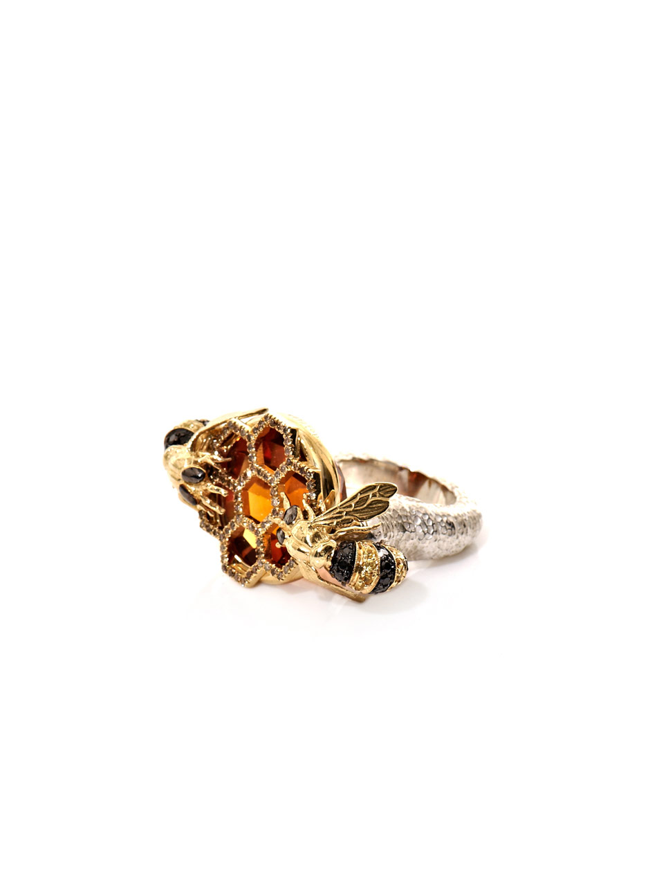 Lyst Delfina Delettrez Diamond Sapphire Gold Bee Ring