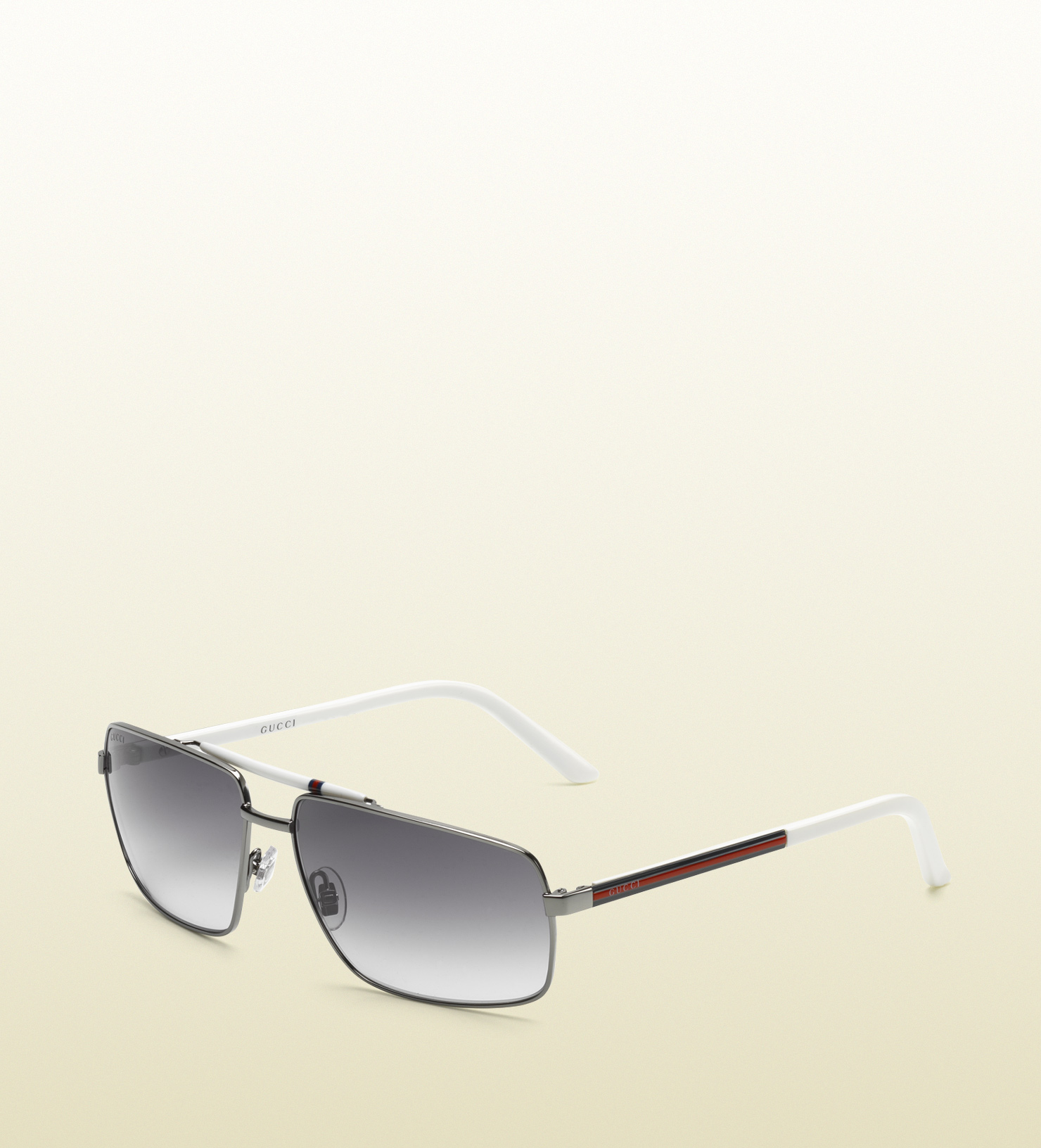e0a2df7c09b Lyst - Gucci Navigator Sunglasses with Gucci Logo On Temples in ...
