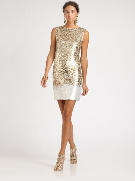 Oscar De La Renta Sequined Silk Dress in Gold