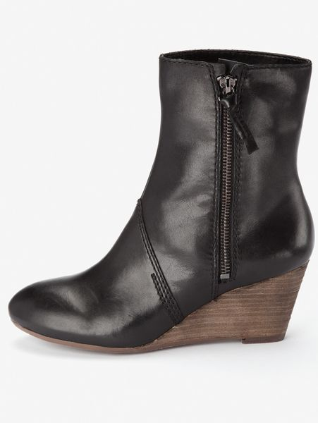 clarks master leather wedge boots in black black