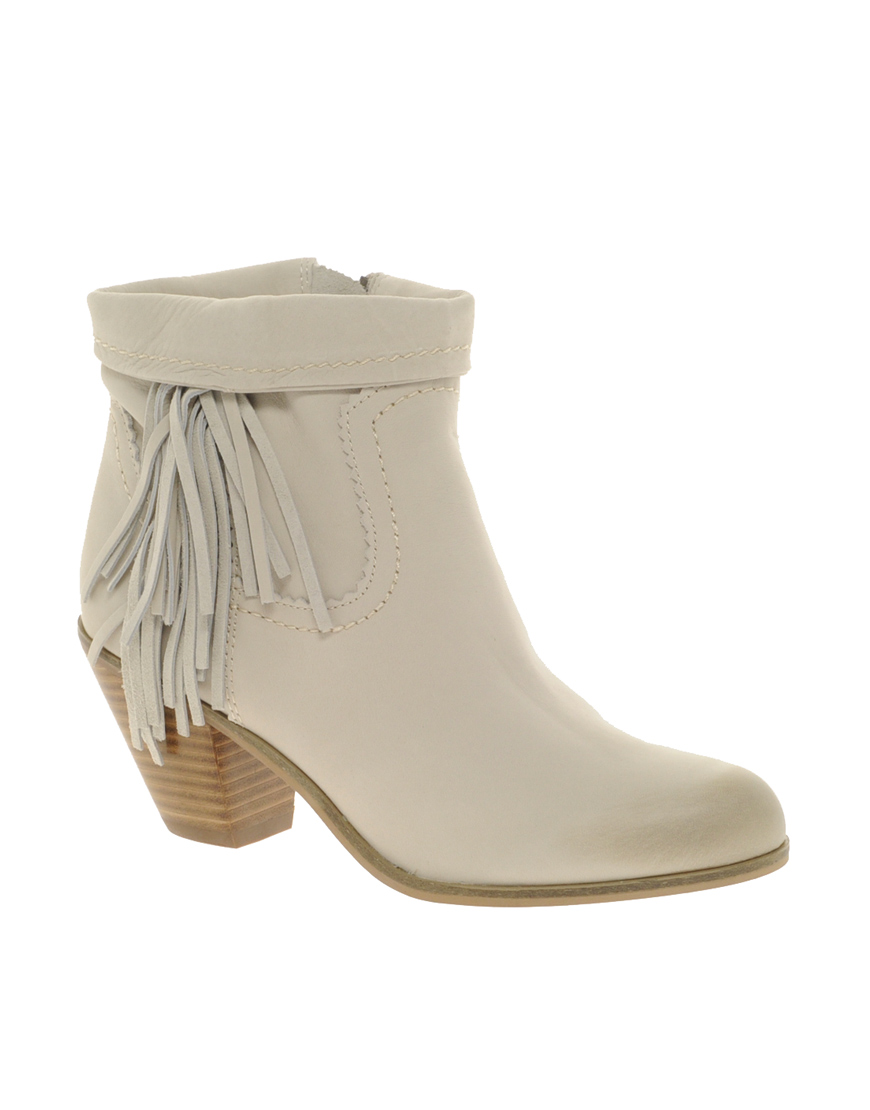 13828fbf5 Lyst - Sam Edelman Louie Fringed Ankle Boots in White