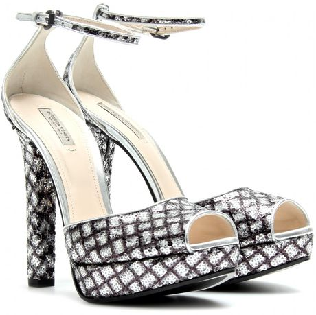 Bottega Veneta New Light Grey Intrecciato Mirror Metal Sandal in Silver