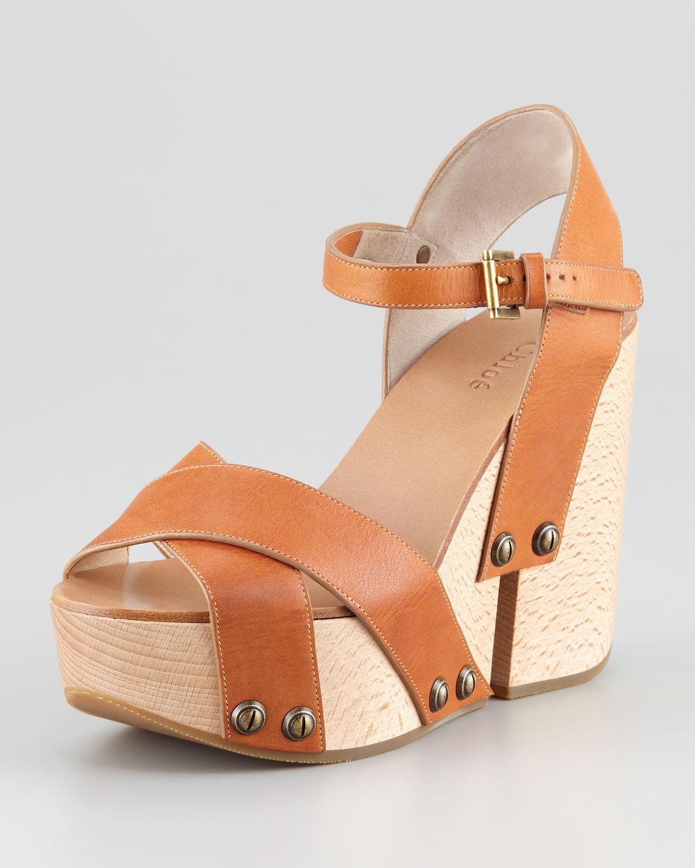 725de385c85b Lyst - Chloé Criss-cross Platform Wedge Sandal in Brown