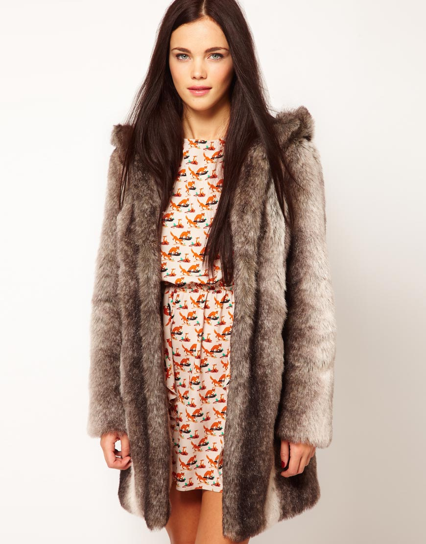 Cream Fur Coat With Hood - Tradingbasis