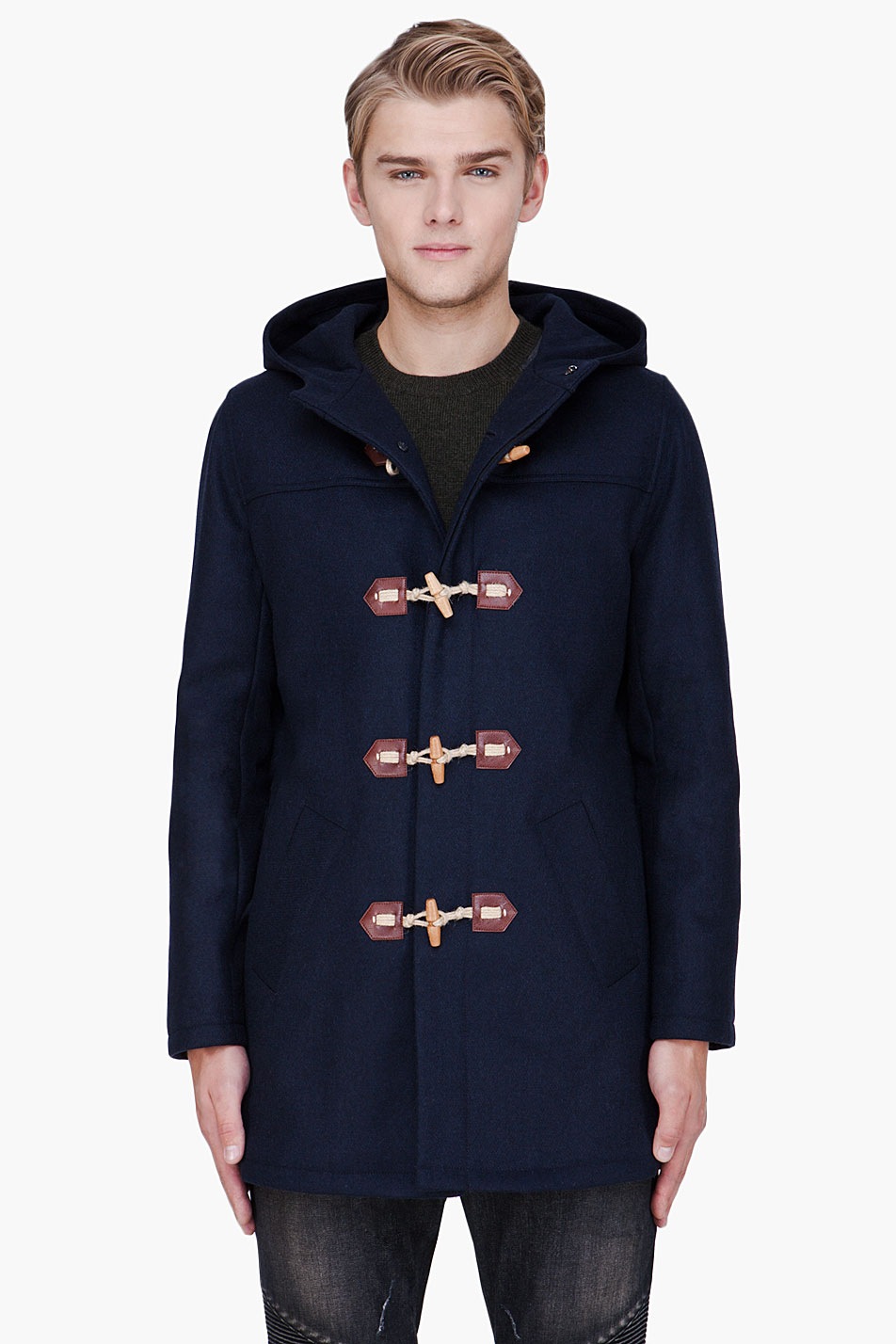 Mid length classic wool mix duffle coat in navy. Hand made in England- really- not all `British`duffles are made here anymore. Made from the best Italian cloth from Tuscany.