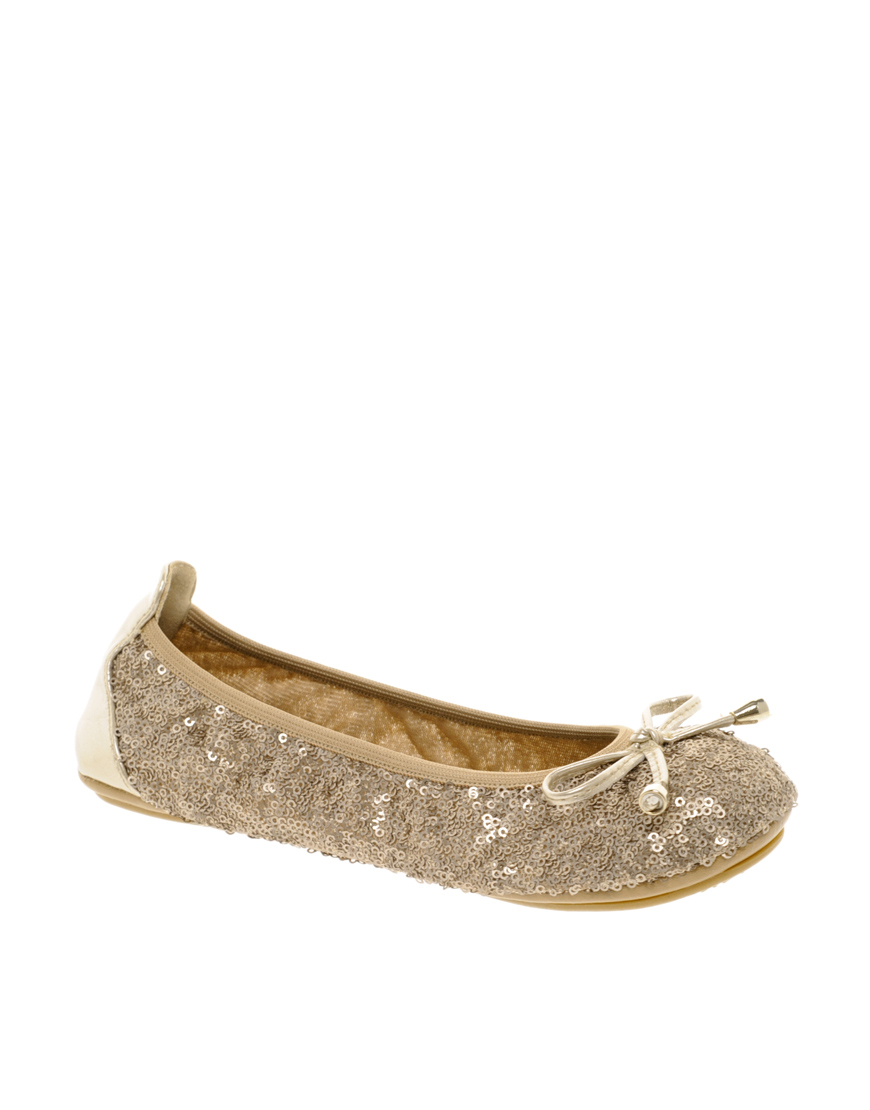 Flat Fold Away Shoes