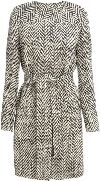 Commuun Herringbone Wool Coat in Gray (black)