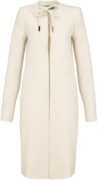 Preen By Thornton Bregazzi Ivory Bow Coat in White (ivory)