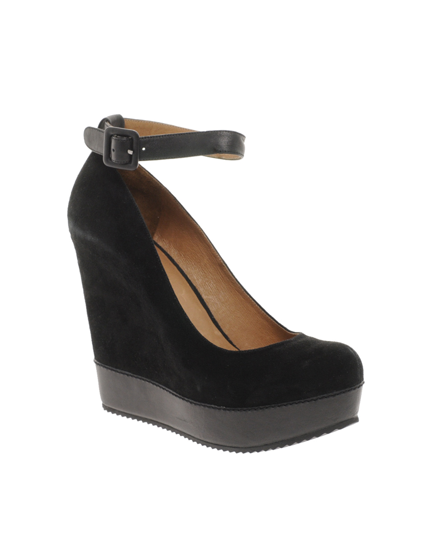 Aldo Vouga Ankle Strap Platform Wedges in Black | Lyst