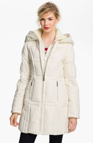 Vince Camuto Knit Trim Quilted Walking Coat In White