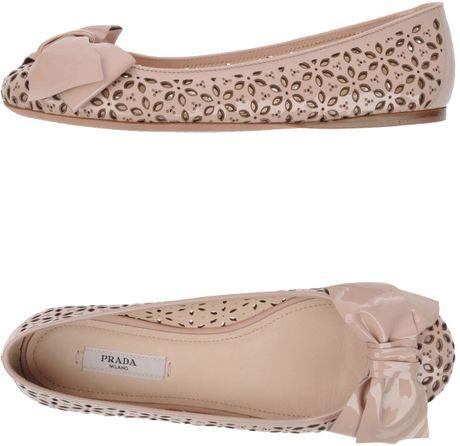 Prada Ballet Flats in Pink (beige) - Lyst