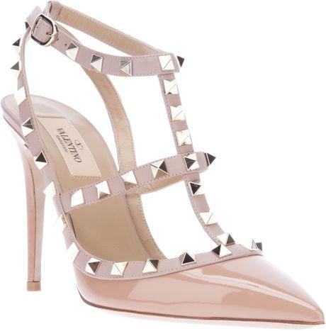 Valentino Rockstud Shoes Replica Online