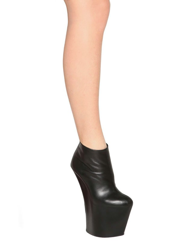 Giuseppe Zanotti 200mm Calfskin Sculpted Boots in Black
