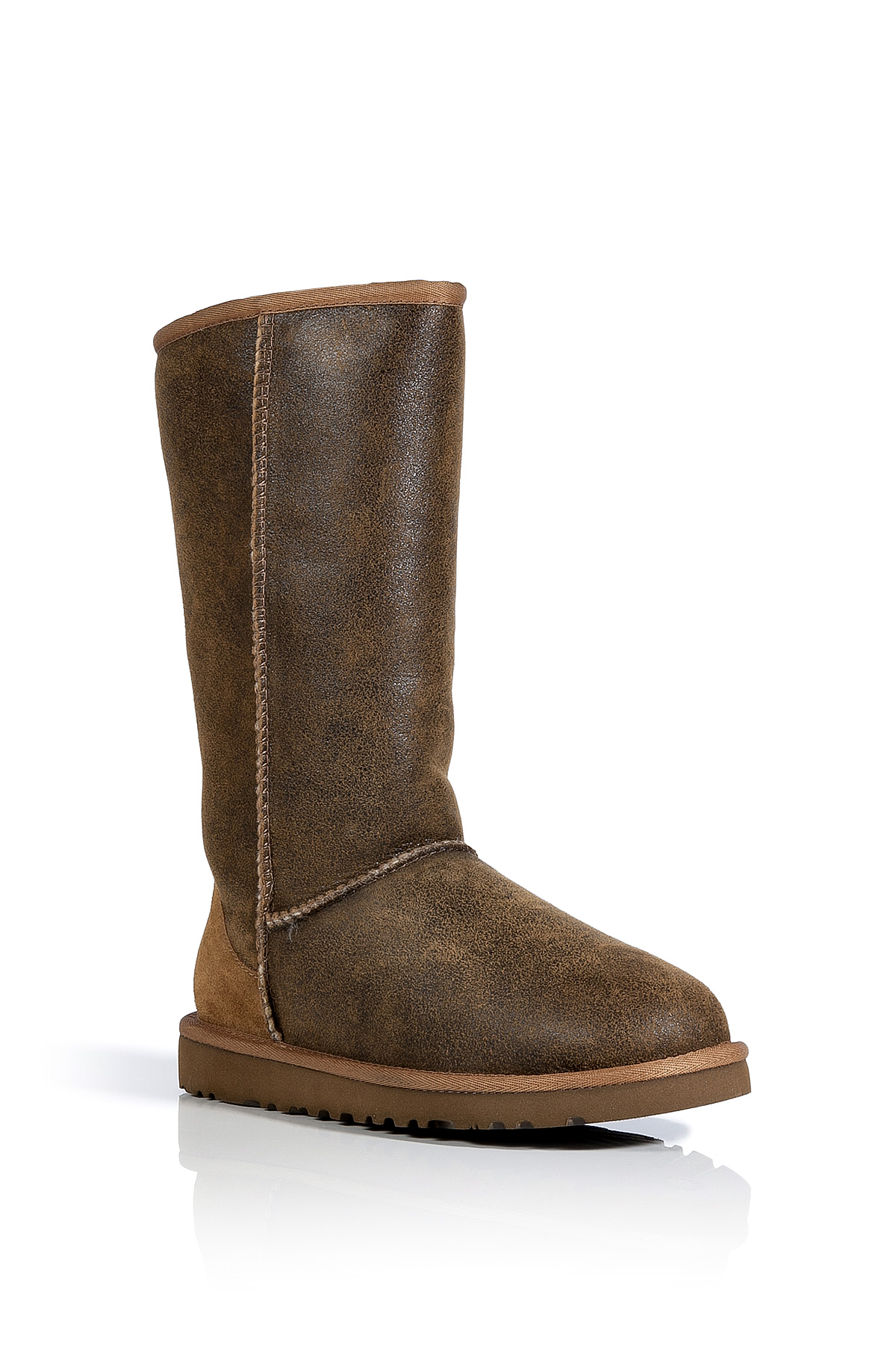 52ed7785f4f UGG Brown Chestnut Vintage Classic Tall Bomber Boots