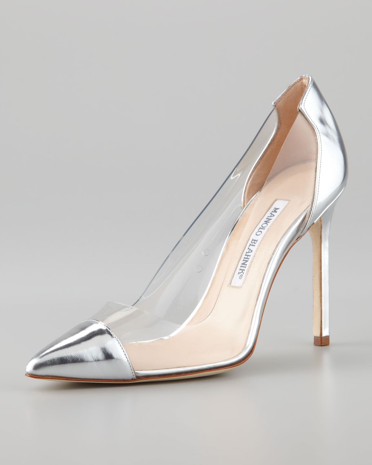 do manolo blahnik go on sale