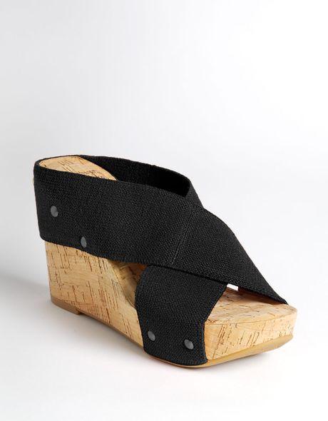lucky brand miller linen wedge sandals in black